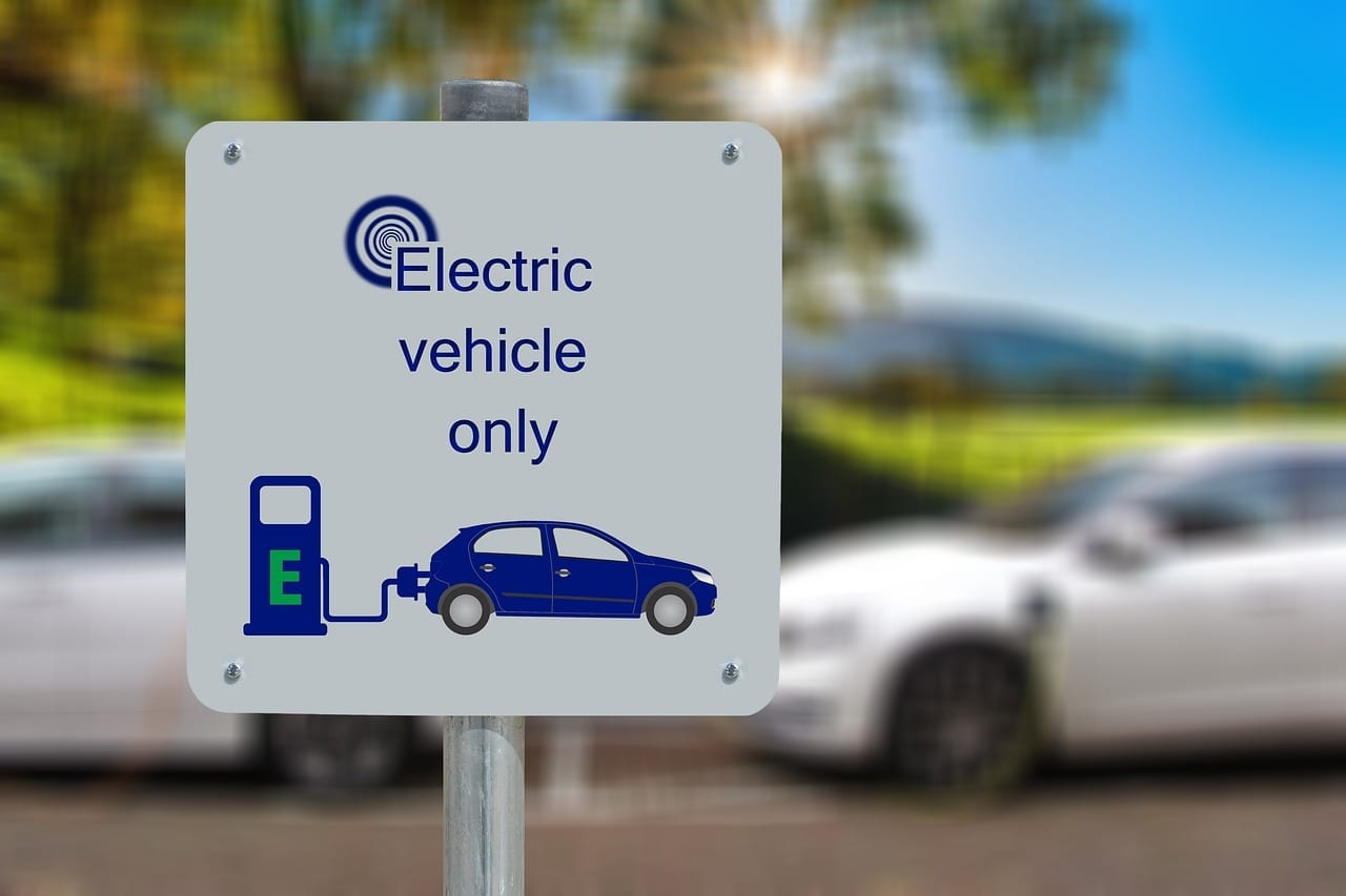 Benefits of Converting Classic Cars to Electric Cars