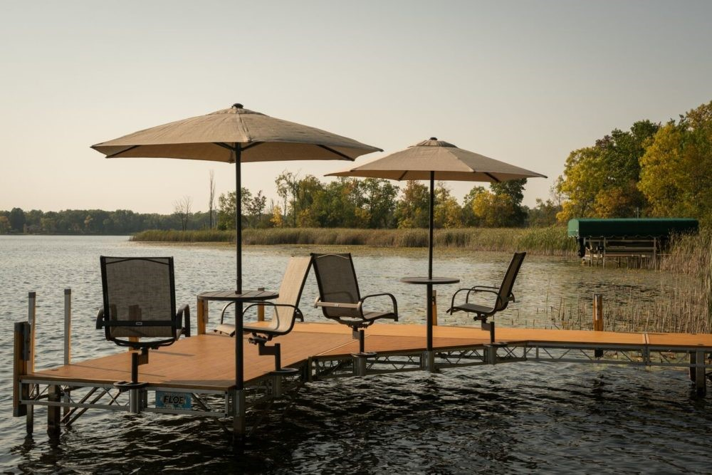 Things to Consider When Building a Lakeside Dock